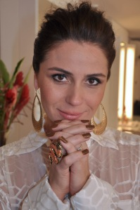 Giovanna_Antonelli esmalte delegada helo