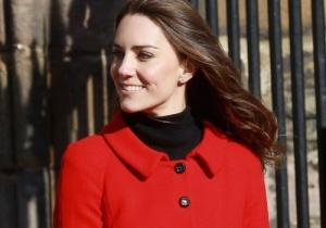 Kate Middleton casaco vermelho