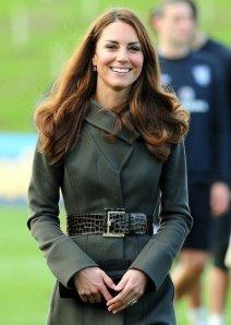 Kate Middleton casaco vestido