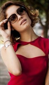 oculos tom ford usado por sophie charlot amora campana novela sangue bom1