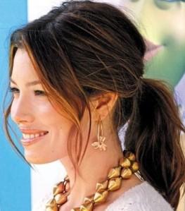jessica-biel-ponytail com bumpits