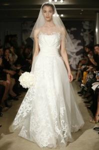 carolina-herrera-ny-bridal-week-spring-2015-vestidos-de-noiva-desfile-2