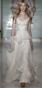 reem-acra-ny-bridal-week-spring-2015-vestidos-de-noiva-desfile-1 (1)