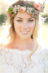 Wedding-Flower-Crowns-Credit-to-le-magnifique-blog