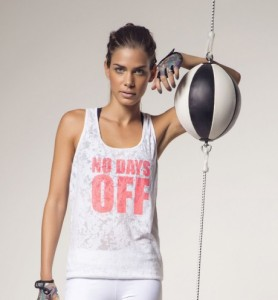 Regata-No-Days-Off-em-decope-Live-VR-Fitness-colecao-Carolina-Dieckmann-3-460x497