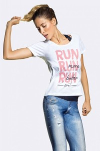 41469-T-Shirt-Better-Run-VR-Fitness-Live-3-460x690