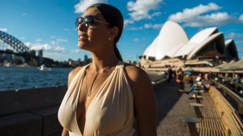 O colar de Carolina - Juliana Paes - Totalmente Demais (2)