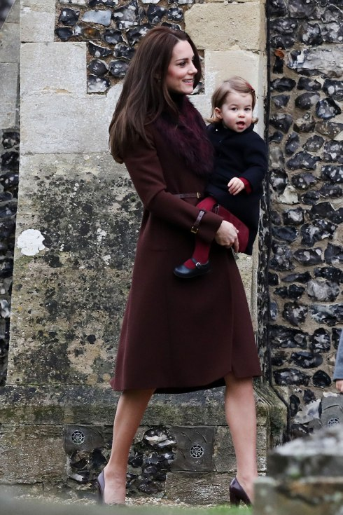 kate-middleton-principe-william-charlotte-e-george-familia-real-1