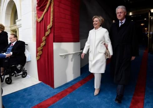 o-modelito-de-hillary-clinton-tambem-causou-ti-ti-ti-tudo-porque-a-roupa-da-democrata-derrotada-por-donald-trump-tambem-era-da-ralph-lauren-8